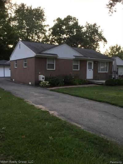 Waterford Twp Single Family Home For Sale: 3609 Lawrence Avenue