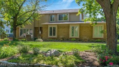 Farmington, Farmington Hills Single Family Home For Sale: 30725 Turtle Creek