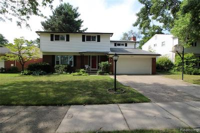 Livonia Single Family Home For Sale: 32865 Perth Street