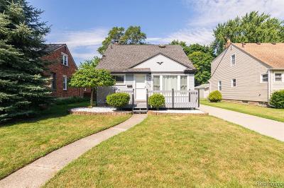 Royal Oak Single Family Home For Sale: 1024 Wyandotte Avenue