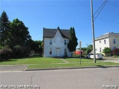 Oxford Single Family Home For Sale: 22 Broadway Street