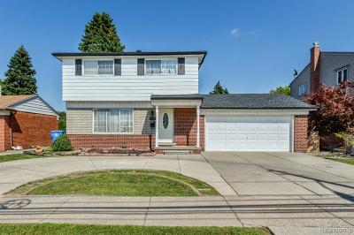 Dearborn Heights Single Family Home For Sale: 1812 N Beech Daly Road