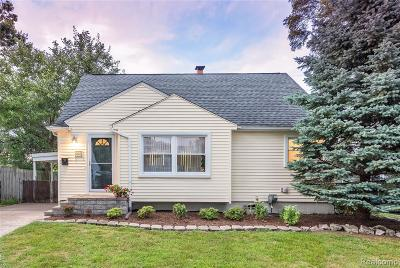 Ferndale Single Family Home For Sale: 264 Adams Court