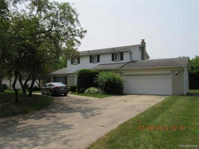 Farmington, Farmington Hills Single Family Home For Sale: 28977 Ramblewood Drive