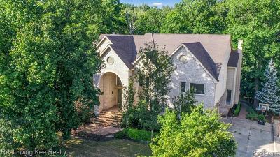 West Bloomfield Twp Single Family Home For Sale: 6087 Oak Trail