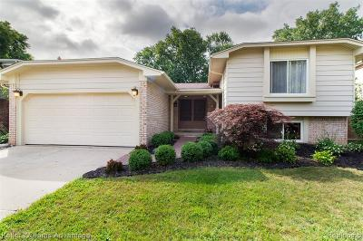 Troy Single Family Home Contingent - Continue To Show: 1732 Lakewood Drive
