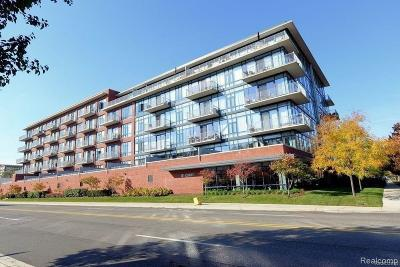 Royal Oak Condo/Townhouse For Sale: 101 Curry Avenue #416
