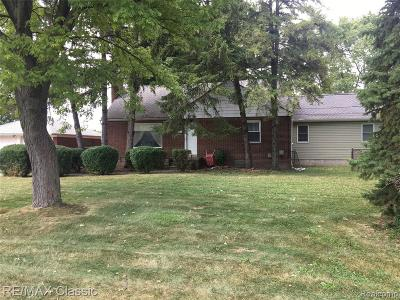 Warren Single Family Home For Sale: 30601 Hoover Road