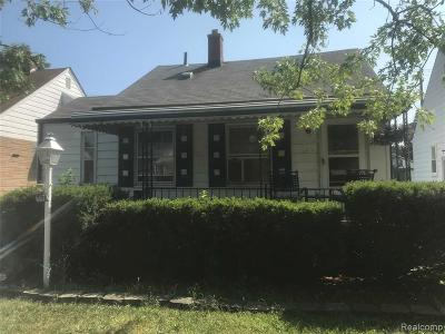 Lincoln Park Single Family Home For Sale: 667 Garfield Avenue