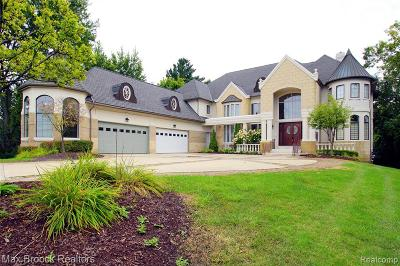 West bloomfield Twp Single Family Home For Sale: 3425 W Long Lake Road
