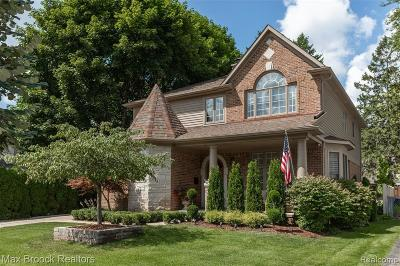 Rochester, Rochester Hills Single Family Home For Sale: 111 N Helen Avenue