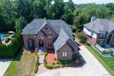 West Bloomfield Twp Single Family Home For Sale: 5526 Hampshire Drive