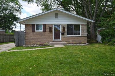 Macomb County Single Family Home For Sale: 27939 Greater Mack Avenue