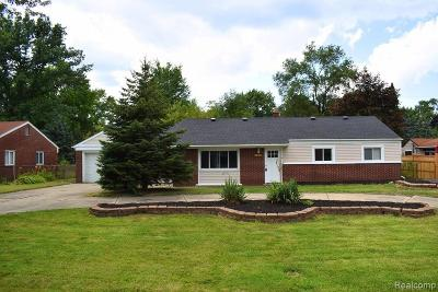 Shelby Twp, Utica, Sterling Heights, Clinton Twp Single Family Home For Sale: 37483 Edgewood Street