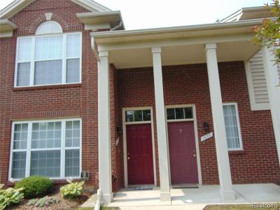 Rochester MI Condo/Townhouse For Sale: $214,000