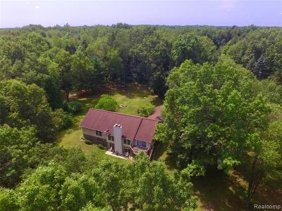 Single Family Home For Sale: 6500 Victoria Court