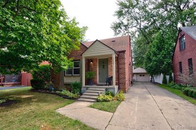 Berkley Single Family Home For Sale: 1627 Columbia Road