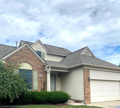 Condo/Townhouse For Sale: 617 Rolling Hills Lane