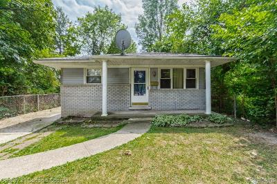Dearborn Heights Single Family Home For Sale: 17687 Colgate Street