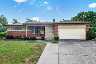 Macomb County, Oakland County, Wayne County Single Family Home For Sale: 6860 Amboy Street
