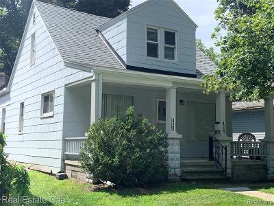 Hazel Park Single Family Home For Sale: 428 E Elza Avenue
