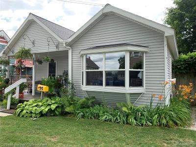 Single Family Home For Sale: 407 W Main Street