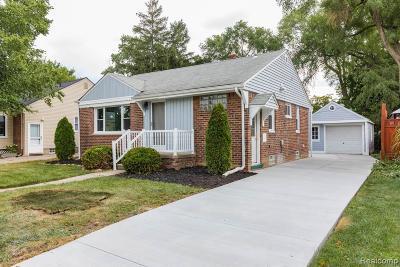 Royal Oak Single Family Home For Sale: 4416 Cooper Avenue
