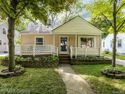 Berkley Single Family Home For Sale: 1881 Buckingham Avenue