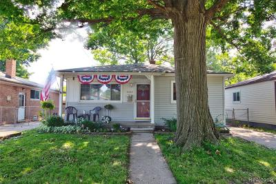 Dearborn Heights Single Family Home For Sale: 4455 Hipp Street