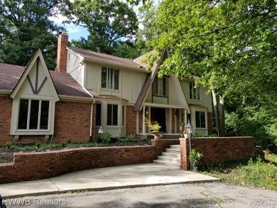 Farmington Hills Single Family Home For Sale: 28022 Weymouth Drive