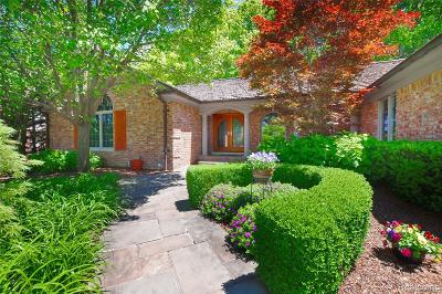 Farmington Hills Single Family Home For Sale: 25308 Witherspoon Street