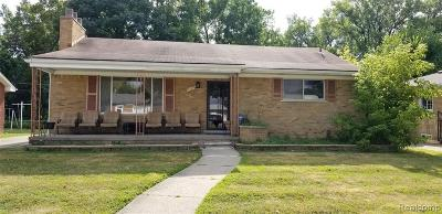 Dearborn Heights Single Family Home For Sale: 21145 Fairview Drive
