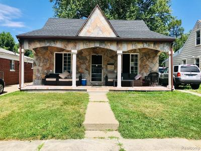 Dearborn Heights Single Family Home For Sale: 24146 McDonald Street