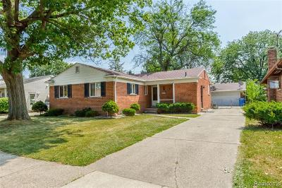 Dearborn Heights Single Family Home For Sale: 20469 Ann Arbor Trail