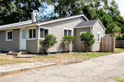 Commerce, Commerce Township, Commerce Twp Single Family Home For Sale: 3148 Woodlawn Street