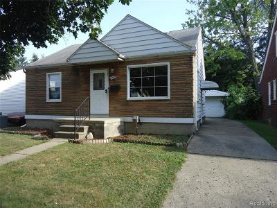Hazel Park Single Family Home For Sale: 352 E Woodruff Avenue