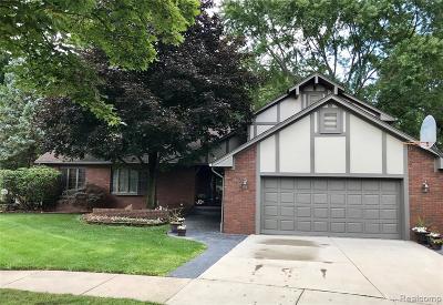 Trenton MI Single Family Home For Sale: $369,900