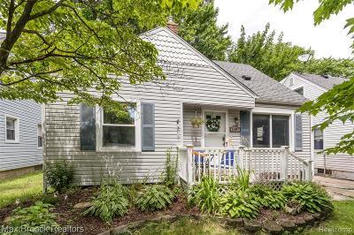 Ferndale, Royal Oak, Berkley, Pleasant Ridge, Clawson Single Family Home For Sale: 2007 Dallas Avenue