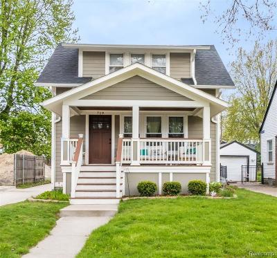 Royal Oak Single Family Home For Sale: 719 Forest Avenue