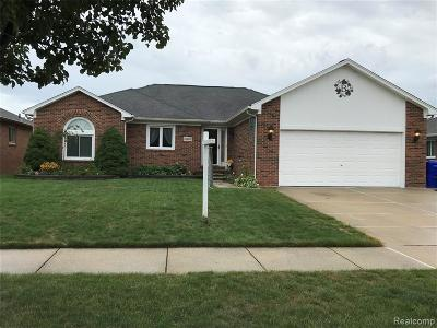 St Clair Shores, Roseville, Fraser, Harrison Twp Single Family Home For Sale: 15600 White Oak Drive