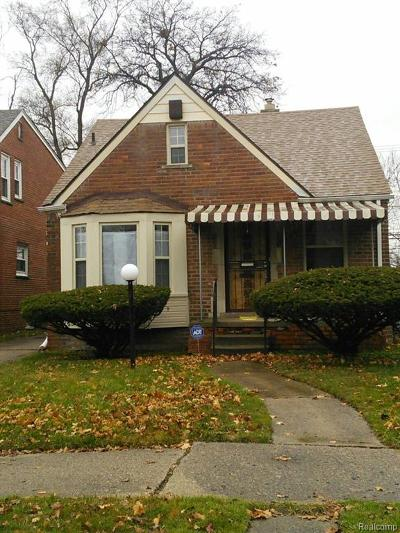 Detroit Single Family Home For Sale: 18025 Pinehurst Street