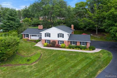 BLOOMFIELD Single Family Home For Sale: 3804 Far Hill Drive