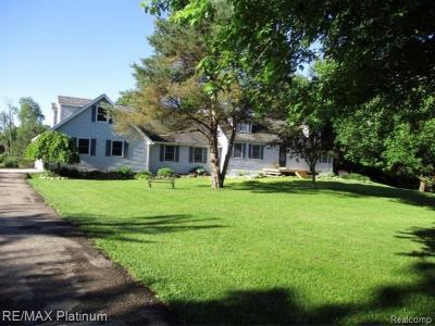 Single Family Home For Sale: 1495 Woodhaven Road