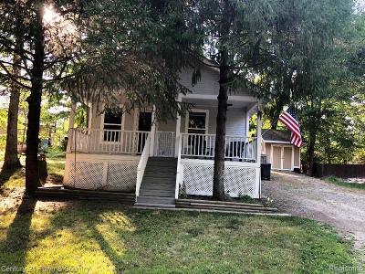 Lake Orion Vlg, Lake Orion, Orion Twp, Oxford Twp, Oxford Vlg Single Family Home For Sale: 725 Camilla Boulevard