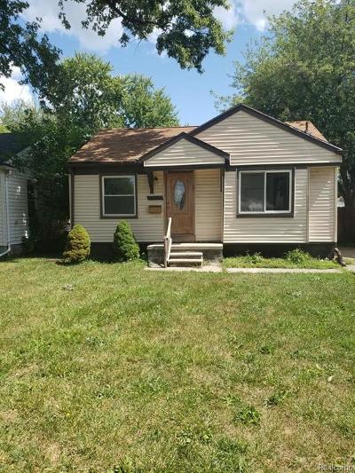 Clinton Twp, Harrison Twp, Roseville, St. Clair Shores Single Family Home For Sale: 27550 Kaufman Street