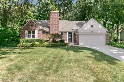 Royal Oak Single Family Home For Sale: 618 Lexington Boulevard
