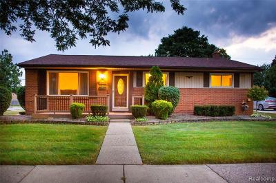 Garden City, Westland, Plymouth Twp, Canton Twp Single Family Home For Sale: 7611 Donna Street