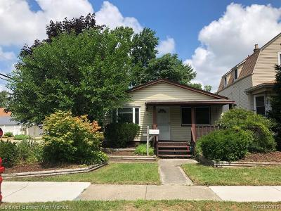 Oakland County Single Family Home For Sale: 606 Hamata Avenue