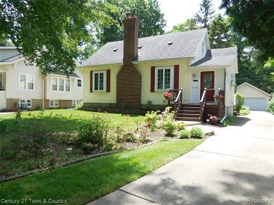 Royal Oak Single Family Home For Sale: 214 Woodside Road