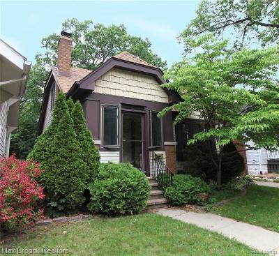 Pleasant Ridge Single Family Home For Sale: 47 Wellesley Drive
